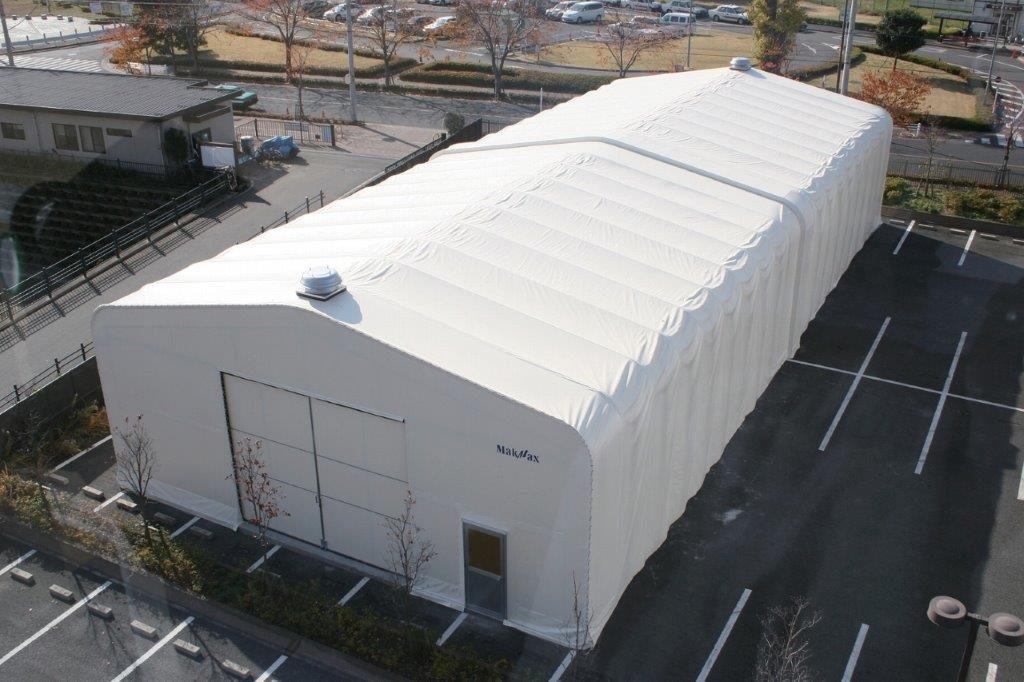 業務用の伸縮式大型テントの特徴と導入事例