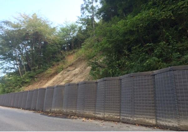 【仮設工事事例】大型土のうを使わずに短工期・長期耐久の仮設擁壁を実現する方法