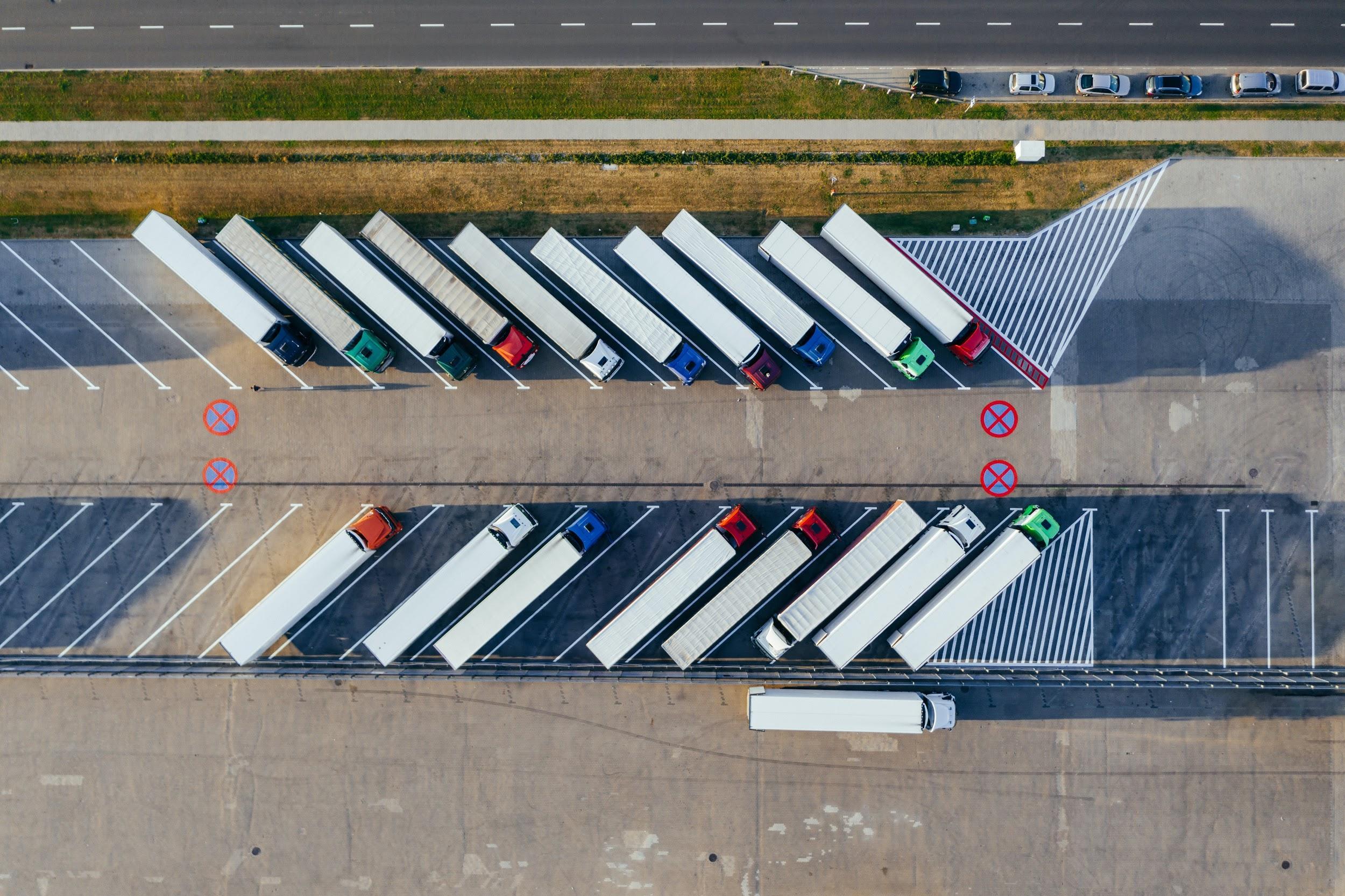 トラックターミナルとは?役割・機能・課題から解決策まで画像付きで解説