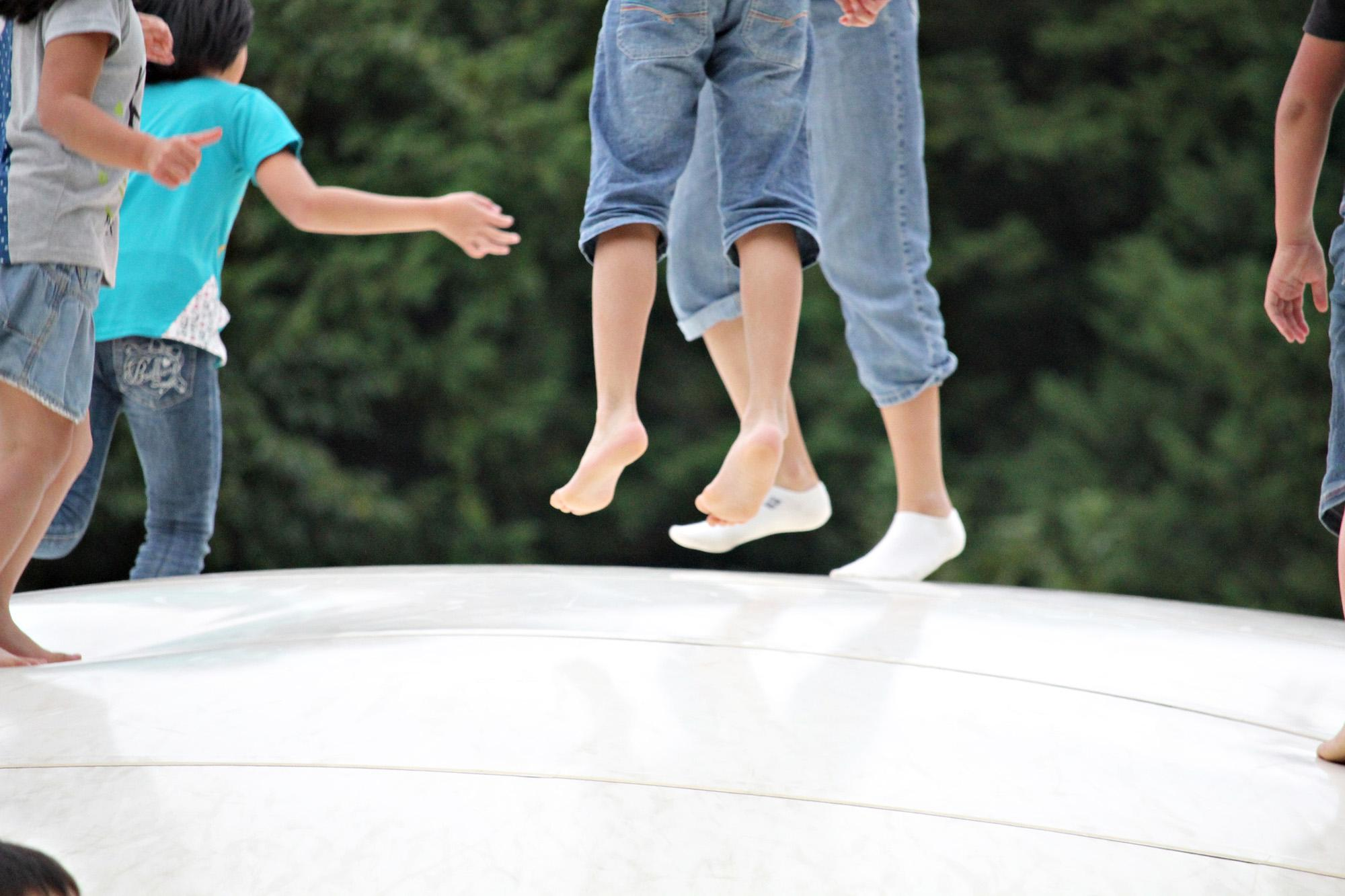 集客力のある公園遊具とは?大人にも子供にも嬉しい安全・安心・楽しい『ふわふわドーム』の紹介