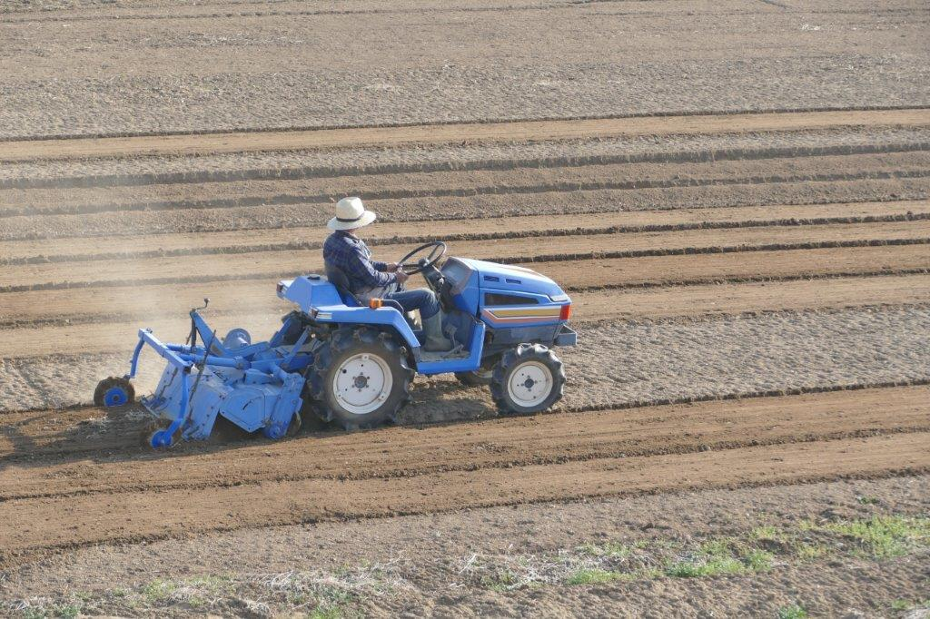 強い農業・担い手づくり総合支援交付金を活用して機械・施設を導入する方法