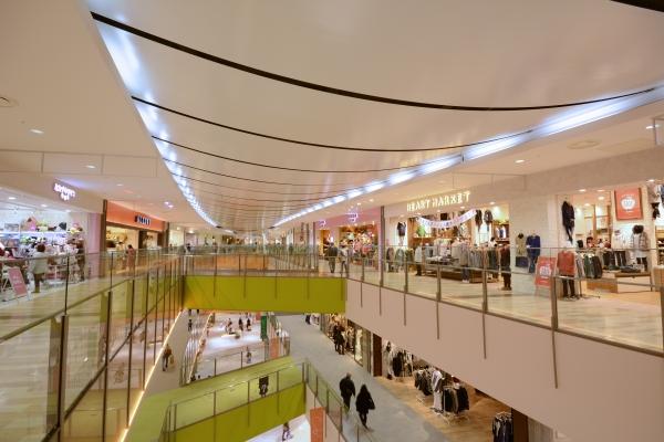地震対策がされた天井の事例を徹底公開